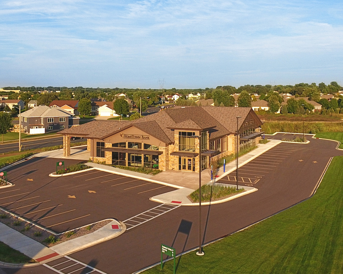 HomeTown Bank, Shakopee (1)