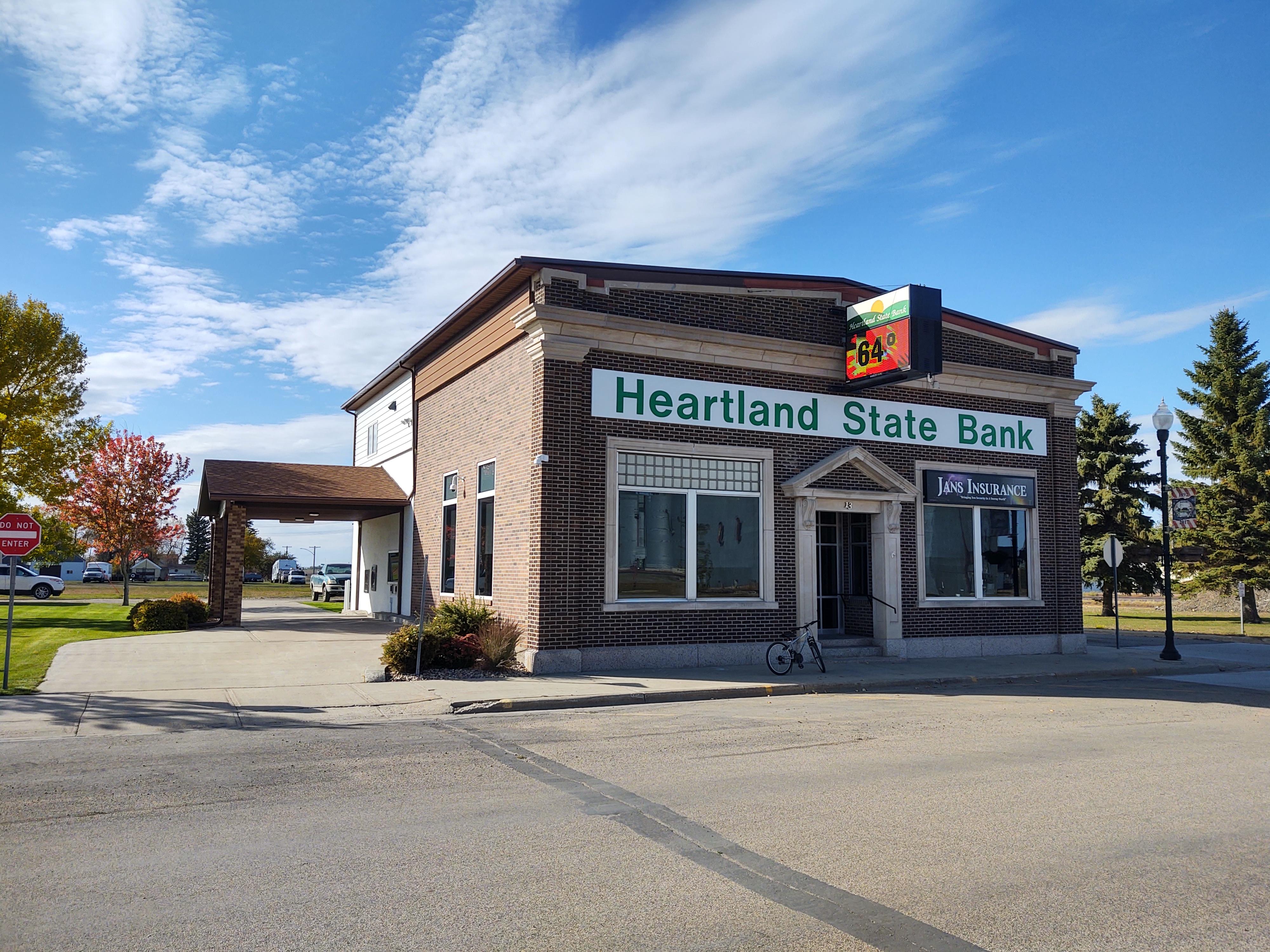 Heartland State Bank, Exterior