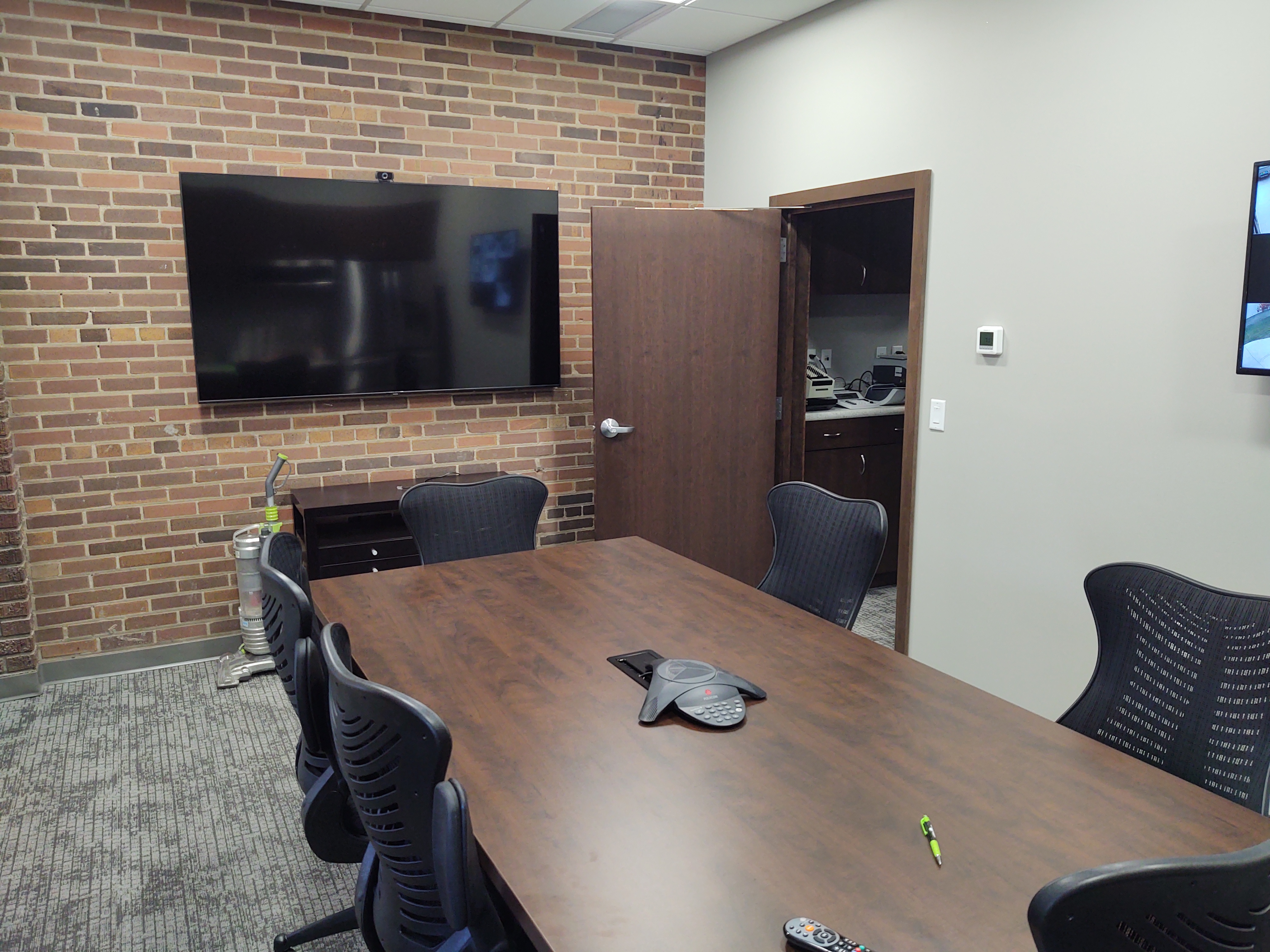 Heartland State Bank, Conference Room